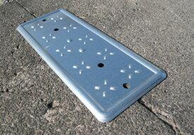 新潟精機 セーフティープレート品番:ST-L重量:145g足元安全♪側溝溝の穴をカバーLサイズ(1個)