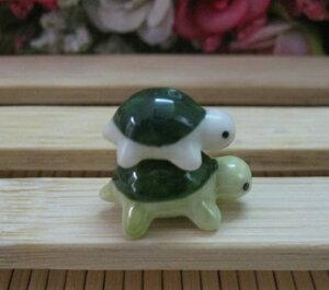 カメの親子 陶器ビーズ 親亀子亀二匹一組 セラミックビーズ 中国結びパーツ diyビーズ
