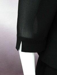 夏の女性礼服袖口