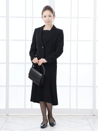 女性礼服K008正面