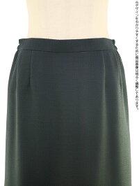 女性ブラックフォーマル008スカート前