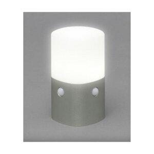 アイリスオーヤマ 乾電池式LEDセンサーライト スタンドタイプ 角型白色 OSL-MN2K-WS [ウォームシルバー]