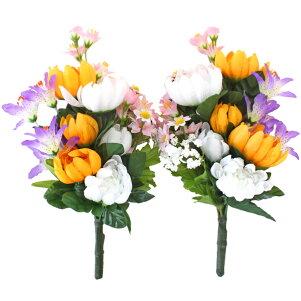 小ぶりな菊とリリーの仏様の花束一対
