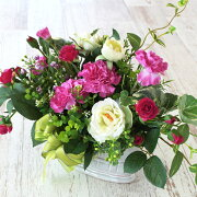 造花アンティーク風花器の白いバラとピンクのカーネーションのアレンジ母の日ギフトカーネーションCT触媒シルクフラワー