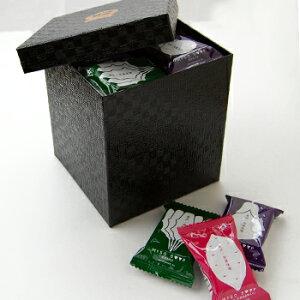 フリーズドライ贅沢みそ汁(なす12食・ほうれん草10食・とん汁10食)化粧箱つづら箱風<黒>角