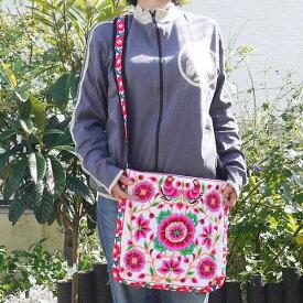 【宅配便送料無料】モン族 ショルダー バッグ 刺繍 正方形 NEW