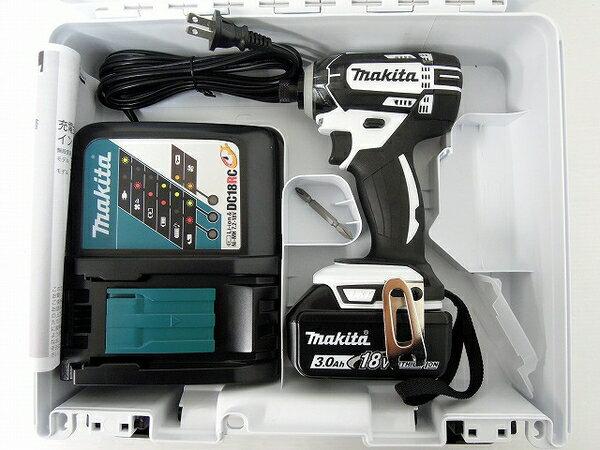 未使用 【中古】 未使用 makita マキタ TD149DRFX 充電式 インパクト ドライバ 電動工具 O2873761