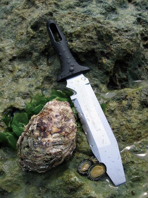 【頑張って送料無料!】仁作 水刀(ミズカタナ) NO.820水辺で使うためのナイフですサバイバルナイフ!キャンプでのナイフにおすすめ!