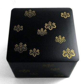 あでやかなお重箱お重箱・桐箔絵三段重・藤井収・山本哲