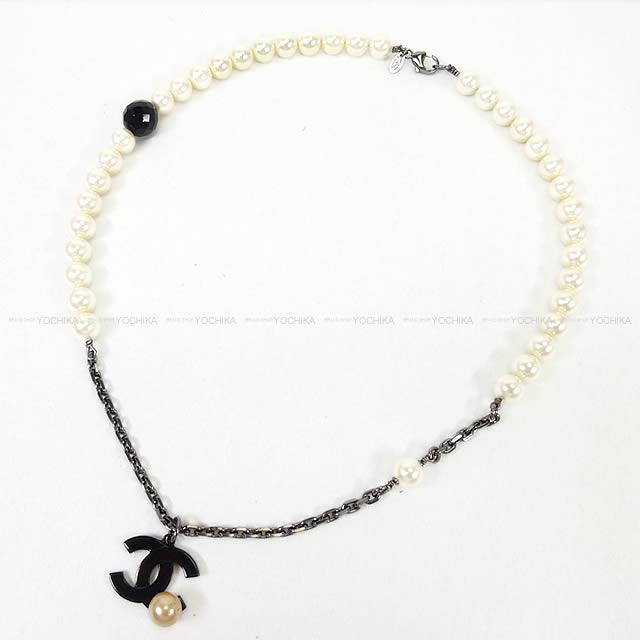 【新作続々入荷中★】CHANEL シャネル ココマーク パール付 ぶらさがりネックレス 黒X白 ガンメタルシルバー金具 新品同様【中古】 ([Pre-loved]CHANEL COCO MARK Pearl Necklace Black/White Gunmetal SHW [Near mint][Authenic])【あす楽対応】#yochika