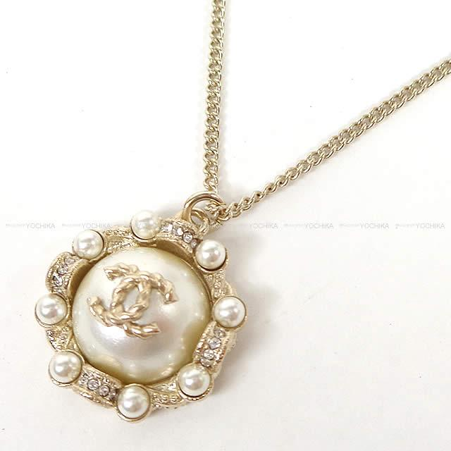 CHANEL シャネル ココマーク パールアラウンド ネックレス ゴールドXパールホワイト A53154 新品 (CHANEL COCO Mark Pearl Around Necklace Gold/Pearl White A53154 [Brand new][Authenic])【あす楽対応】#よちか