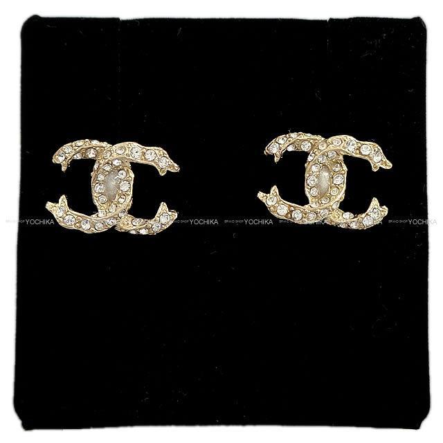 【値下げ!】2018年 クルーズ CHANEL シャネル ココマーク ストラス ピアス ゴールド A97921 新品 (2018年 New CHANEL Cocomark Stras Pierces Gold A97921 [Brand New][Authentic])【あす楽対応】#よちか