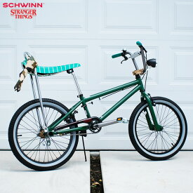"SCHWINN シュウィン""STRANGER THINGS 20 BMX"" 20インチ 自転車"