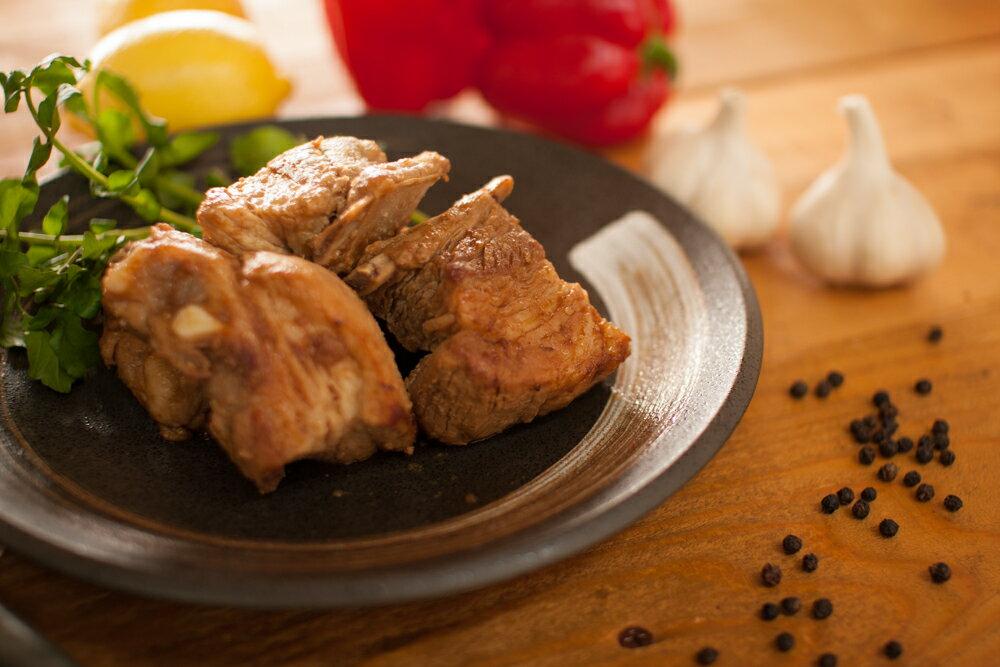 【鹿児島産豚】スペアリブ[約10人前:1.5kg] 焼肉・BBQ・煮込み用《送料込》骨付きポーク バーベキュー 祝・ギフト・景品・激安セール・焼肉・パーティー・入学・卒業・ホワイトデー・バレンタイン
