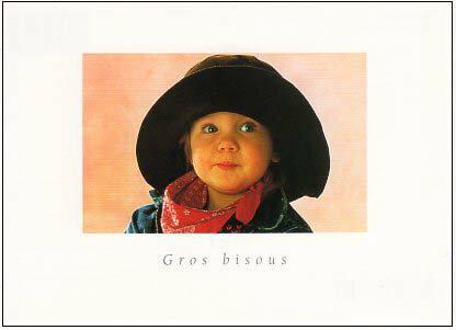 ポストカード 【カラー写真】帽子とスカーフを身に着けた子ども