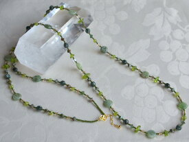 グリーン カイヤナイト セラフィナイト グリーン オパール ペリドット ビーズ ロング ネックレス
