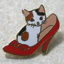 猫ピンズ 靴 三毛猫★ポタリングキャット(ピンバッチ 猫雑貨 ネコグッズ ねこ キャット)