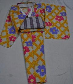 Csc113*130サイズ**♪女児浴衣/生成系に墨描き風なオレンジ系の斜め格子柄にお菓子のようなお花*お届けしたその日にルンルン御出かできますね♪【あす楽対応_関西】【RCP】