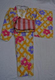 Csc116*140サイズ**♪女児浴衣/生成系に墨描き風なオレンジ系の斜め格子柄にお菓子のようなお花*お届けしたその日にルンルン御出かできますね♪【あす楽対応_関西】【RCP】