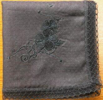 Etiquette wearing ハンカチフィオーレ black
