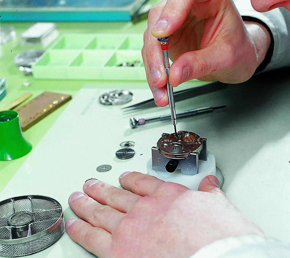 【腕時計修理】【時計修理】ロレックス エア-キング 腕時計 カレンダーなし 【時計 修理】【腕時計 修理】【時計 オーバーホール】【腕時計 時計 分解掃除】【腕時計 時計 故障 メンテナンス 】