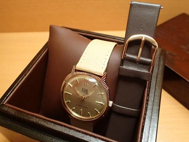 FHB エフエイチビー 腕時計 クラシックフレアーシリーズ Classic Flair Series F907RG-BE/BR ベージュ色の交換バンドつき限定品【正規輸入品】