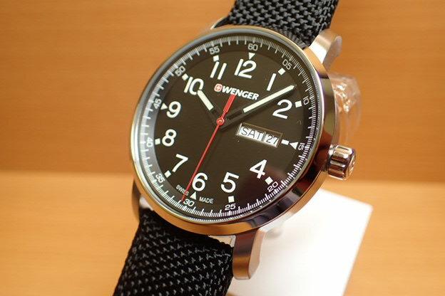 WENGER (ウェンガー) 腕時計 Attitude Day Date Heritage 01.1541.105 復活