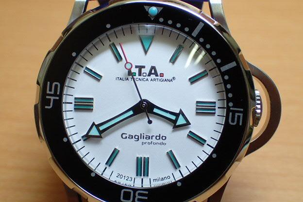I.T.A アイティーエー 腕時計 Gagliardo profondo ガリアルド・プロフォンド 正規商品 Ref.24.01.02