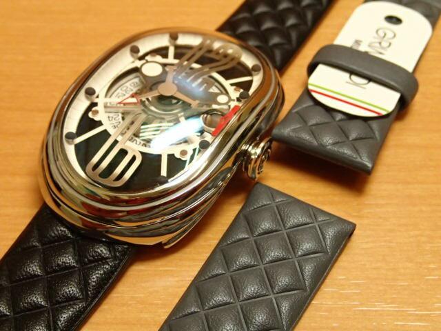 グリモルディ腕時計 G.T.O. 交換用バンドつき 腕時計 メンズ GRIMOLDI Gran Tipo Ovale SSSHBK612ST1962年〜1964年にわずかに製造されたフェラーリ250GTOにオマージュした腕時計