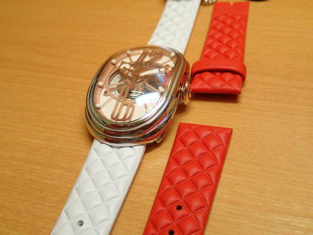 グリモルディ腕時計 G.T.O. 交換用バンドつき 腕時計 メンズ GRIMOLDI Gran Tipo Ovale SSSHWH612PK1962年〜1964年にわずかに製造されたフェラーリ250GTOにオマージュした腕時計