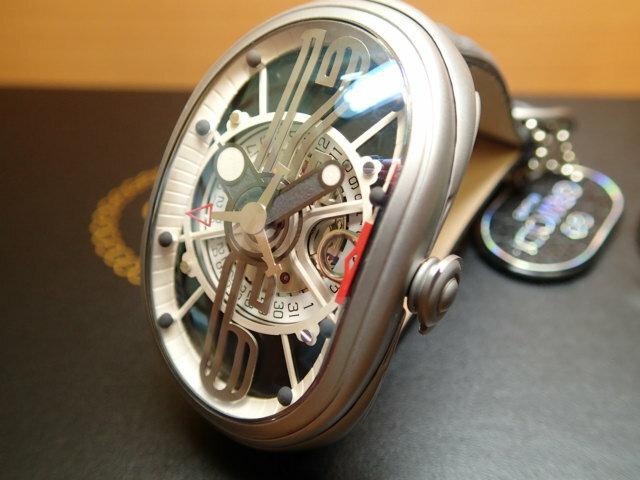 グリモルディ腕時計 G.T.O. 交換用バンドつき 腕時計 メンズ GRIMOLDI Gran Tipo Ovale SSMTBK612ST1962年〜1964年にわずかに製造されたフェラーリ250GTOにオマージュした腕時計