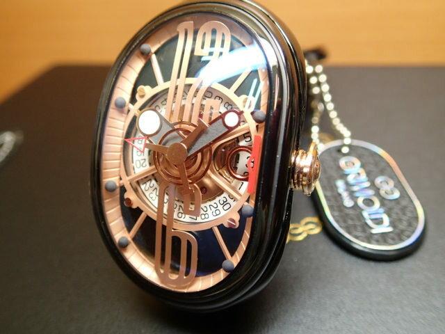 グリモルディ腕時計 G.T.O. 交換用バンドつき 腕時計 メンズ GRIMOLDI Gran Tipo Ovale BKSHBK612PK1962年〜1964年にわずかに製造されたフェラーリ250GTOにオマージュした腕時計