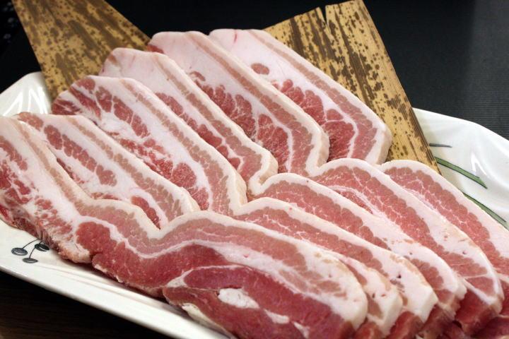 豚バラ厚切り(500g)豚肉 ぶた肉 ブタ肉 バラ 精肉(料理例)焼肉、バーベキュー、BBQ、鉄板焼き、キムチ鍋、サムギョプサル、カレーなどにお弁当にもどうぞ【RCP】