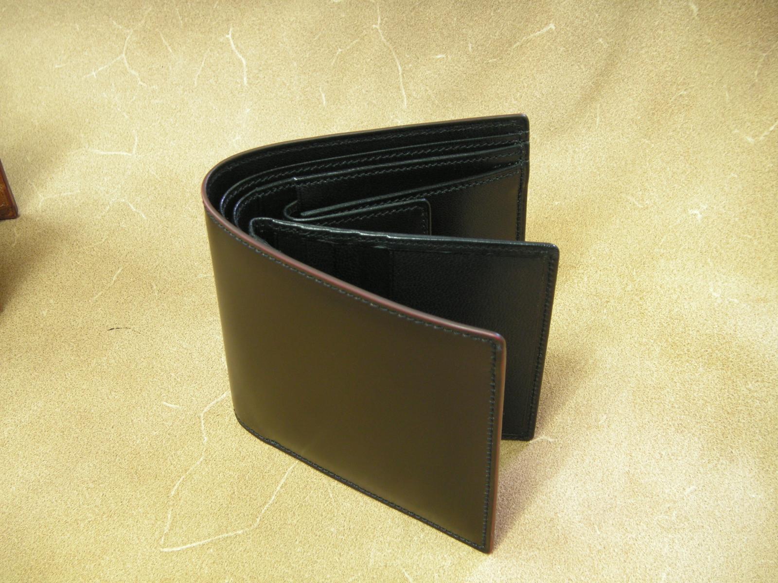Vincis Gate中ベラ付財布(コ−ドバン:ブラック)