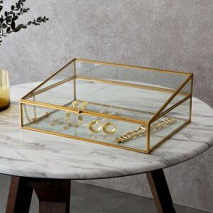 ガラスと真鍮でできたジュエリーボックス(63210)