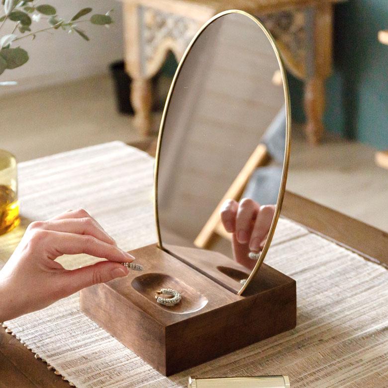 卓上ミラー オーバル型 真鍮フレーム 天然木台 角度調整対応 [66900]【 スタンドミラー 鏡 かがみ カガミ ミラー 卓上鏡 テーブルミラー アンティーク調 コンパクト 楕円型 化粧鏡 おしゃれ 可愛い メイクアップミラー シンプル インテリア雑貨 西海岸 】