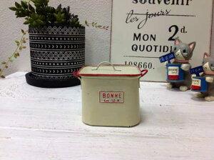 ミニシチュースクエアポット Mサイズ 穴なし mc3287<br>アイボリーホワイト ブリキ ブリキ缶 TIN Tinシチューポット  おしゃれ 植木鉢 鉢フタ付き 小物入れ ポット