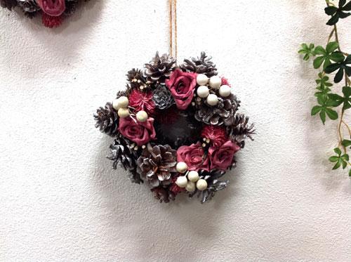 ピンクシックローズリースМ NE492 天然素材/ナチュラル/クリスマス/造花/インテリア/ピンク/ホワイトシルバー 【RCP】