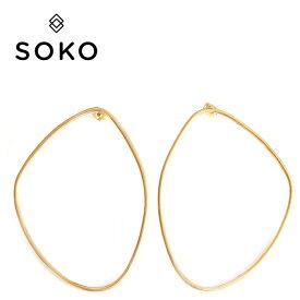 ≪SOKO≫ ソコ楕円形 サークル ゴールド スタッズ ピアス MAXI SABI OUTLINE Studs Earrings (Gold)【レディース】 ワンマイルコーデ