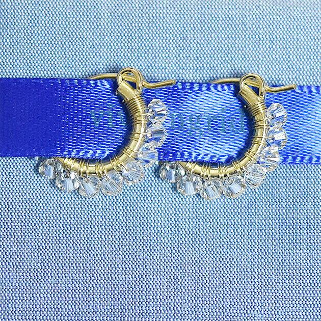 【VERY 雑誌掲載】【再入荷】≪viv & ingrid≫ ヴィヴ&イングリッドクリスタル スワロフスキー ラップフープピアス シルクポーチ XSサイズ Wrap Hoop Earrings (Crystal Swarovski)【楽ギフ_包装】